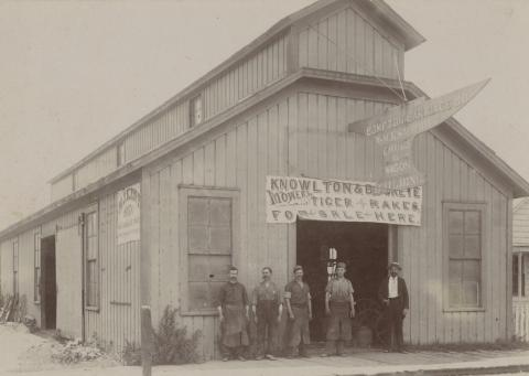 Compton Carriage Co., ca. 1890s
